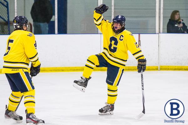 20150218hockey-223